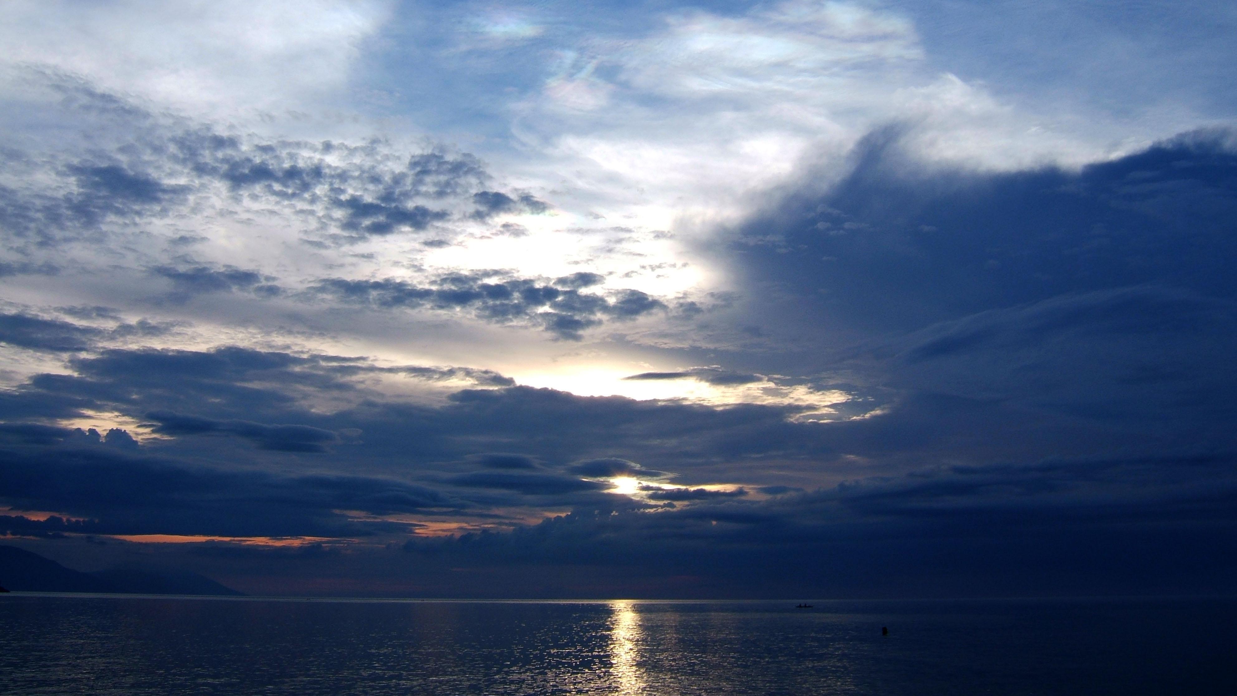 Sunset Philippines Mindoro White Beach 04