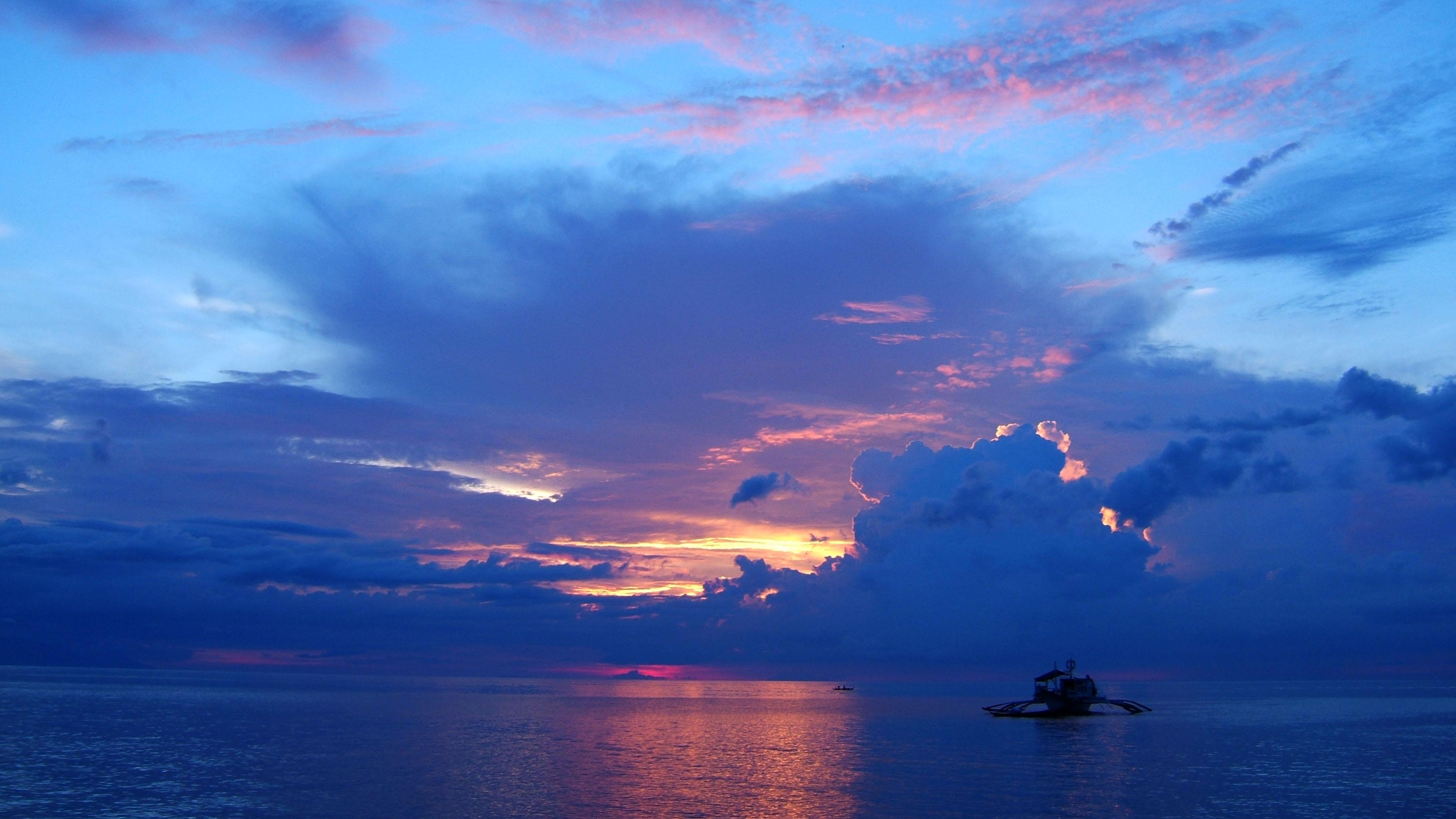 Sunset Philippines Mindoro White Beach 08