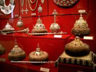 Moscow-Kremlin-Museum-Russian-Imperial-regalia-2005-01