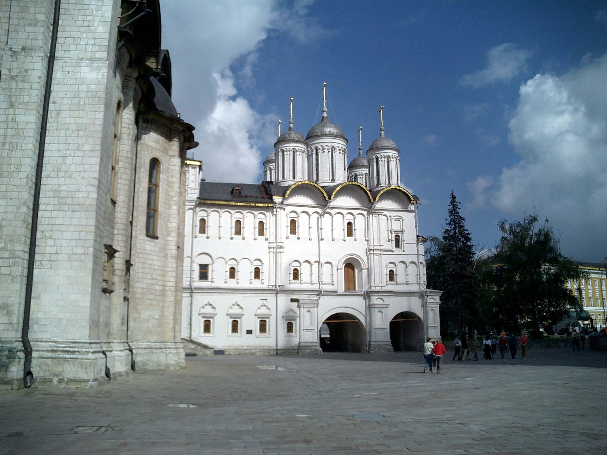 Moscow Kremlin Patriarchs Palace Church of 12 Apostles 2005 02