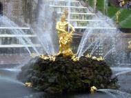 Asisbiz Peterhof Architecture Samson and Lion Fountain 2005 02