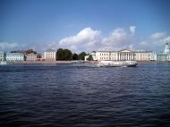 Asisbiz Russia Saint Petersburg Canals 2005 01