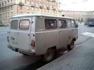 Asisbiz Russia Saint Petersburg Transport Vehicles 2005 01