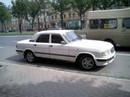 Asisbiz Russia Saint Petersburg Transport Vehicles 2005 04