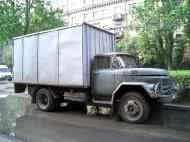 Asisbiz Russia Saint Petersburg Transport Vehicles trucks 2005 01