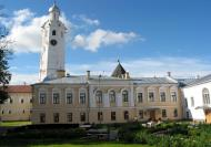 Asisbiz Veliky Novgorod Kremlin Clock Tower 2005 01