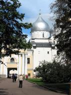 Asisbiz Veliky Novgorod Kremlin St Sophia cathedral 2005 01