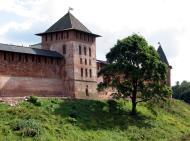 Asisbiz Veliky Novgorod Kremlin outer wall 2005 01