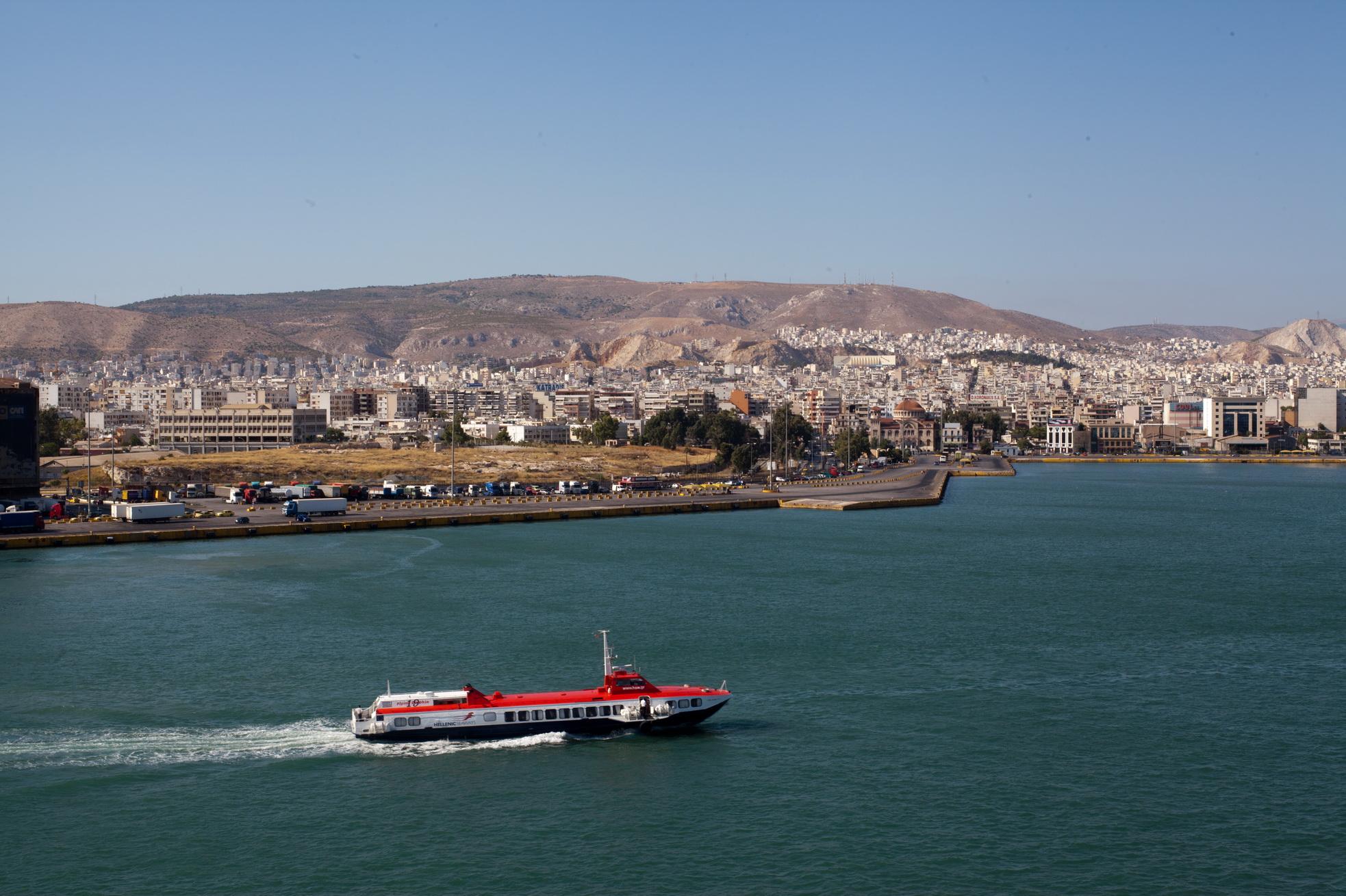 MS Flying Dolphin 19 IMO 8623365 Hellenic Seaways Piraeus Port of Athens Greece 01