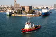 Asisbiz MS European Express IMO 7355272 Limassol Nel Lines and Tug Boat Pantanassa Piraeus Athens Greece 03