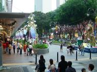 Asisbiz Singapore Orchard Street during Christmas 2004 01
