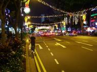 Asisbiz Singapore Orchard Street during Christmas 2004 13