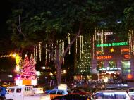 Asisbiz Singapore Orchard Street during Christmas 2004 17