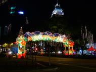 Asisbiz Singapore Orchard Street during Christmas 2004 20