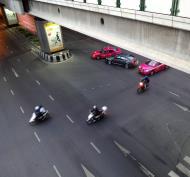 Asisbiz Ratchaprasong district area traffic accident Bangkok Thailand 2010 01