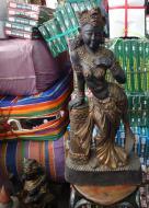 Asisbiz Chatuchak weekend market the Buddha trade 2010 04