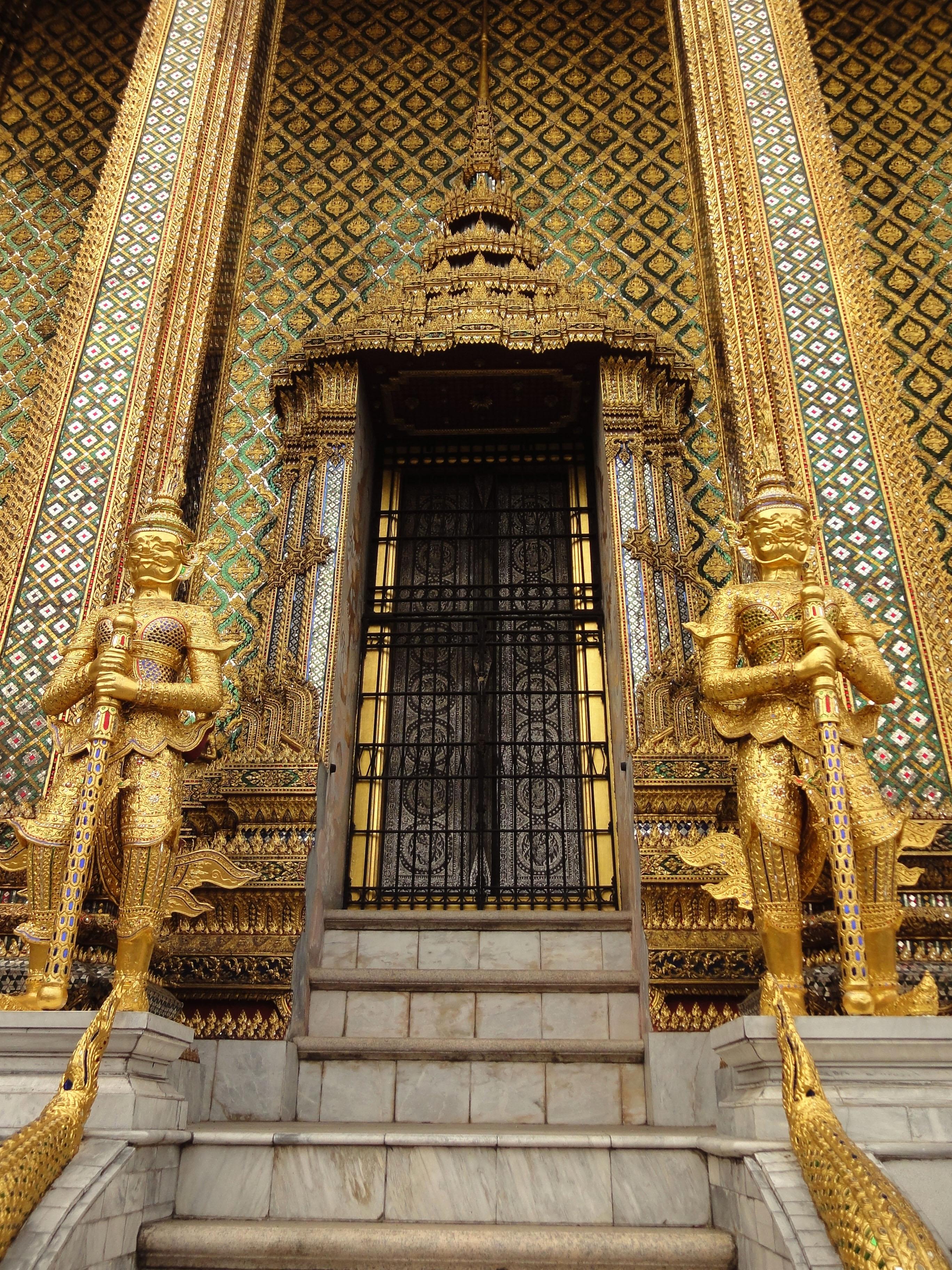 07 Area Grand Palace guardians Bangkok Thailand 03