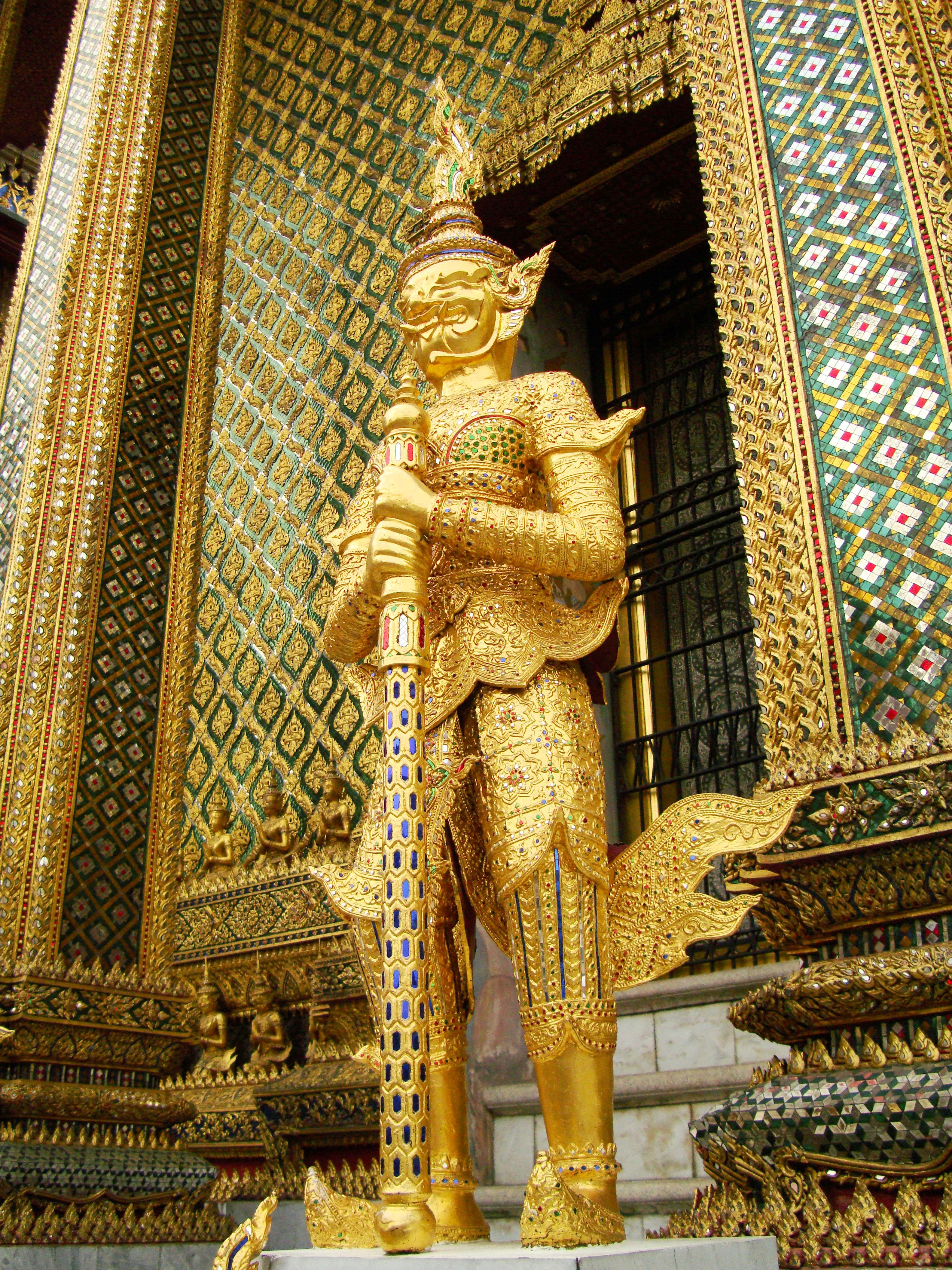 07 Area Grand Palace guardians Bangkok Thailand 05