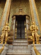 Asisbiz 07 Area Grand Palace guardians Bangkok Thailand 03