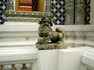 Asisbiz Chinese Lion statues Bangkok Thailand 03