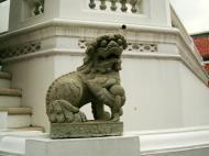 Asisbiz Chinese Lion statues Bangkok Thailand 05
