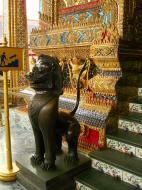 Asisbiz War bounty Cambodian Bronze Lion guardian statue Bangkok Thailand 02