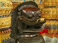 Asisbiz War bounty Cambodian Bronze Lion guardian statue Bangkok Thailand 05