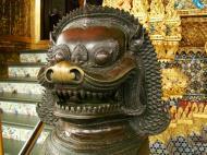 Asisbiz War bounty Cambodian Bronze Lion guardian statue Bangkok Thailand 06