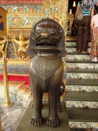 Asisbiz War bounty Cambodian Bronze Lion guardian statue Bangkok Thailand 09