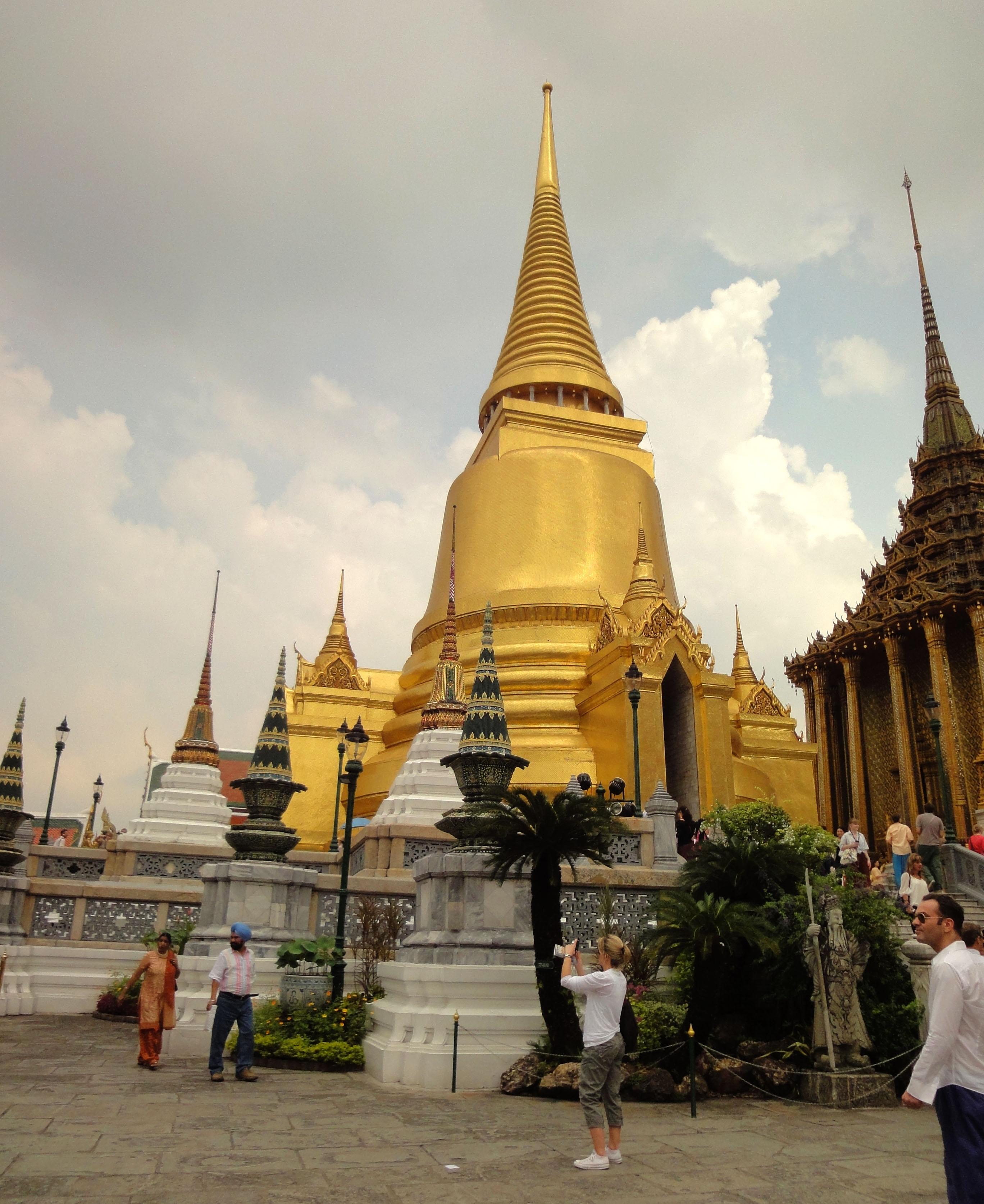 03 Phra Siratana Chedi Grand Palace Bangkok 2010 02