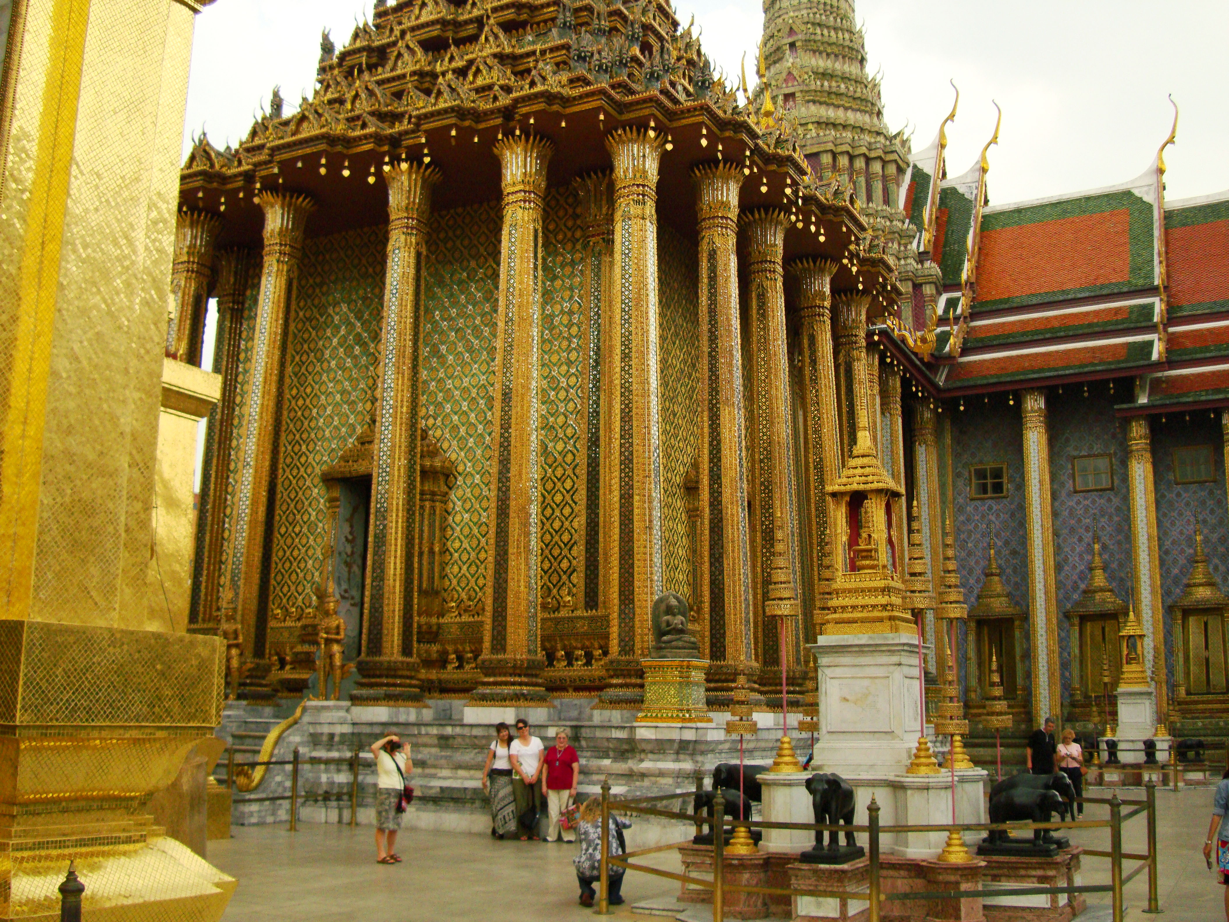 07 Phra Mondop Grand Palace Bangkok 2010 05