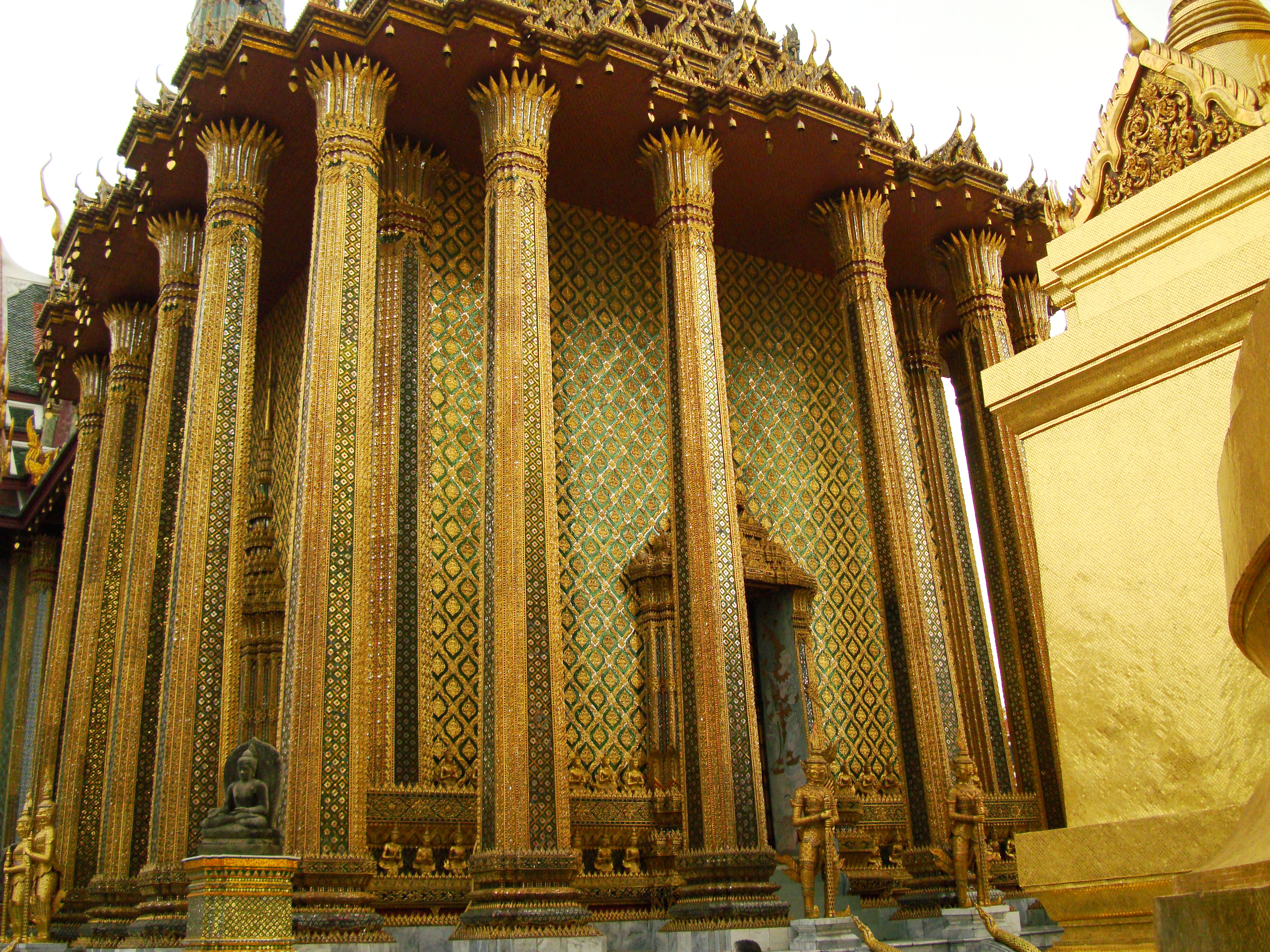 07 Phra Mondop Grand Palace Bangkok 2010 07