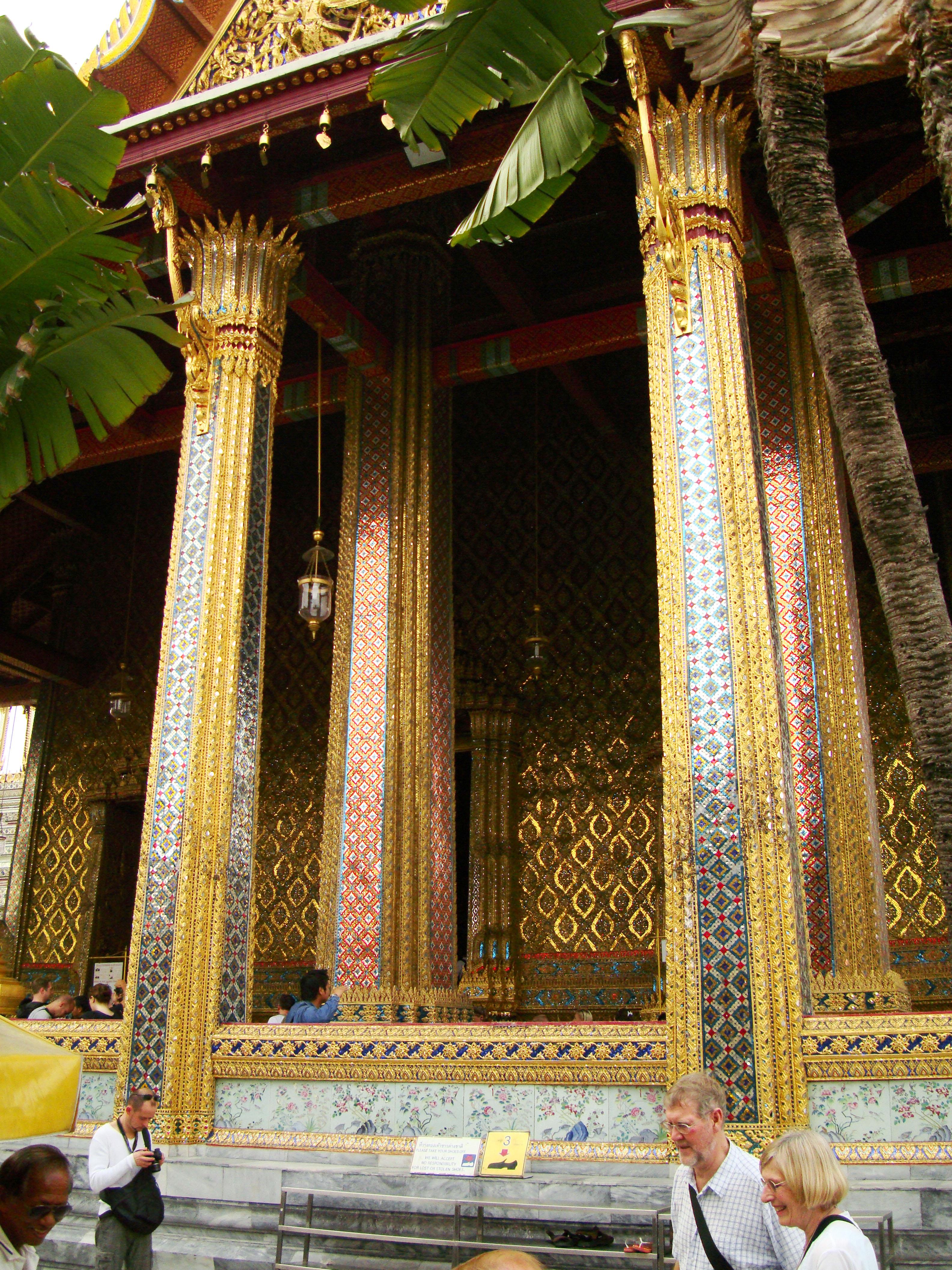 09 Prasat Phra Dhepbidorn Grand Palace Bangkok Thailand 04