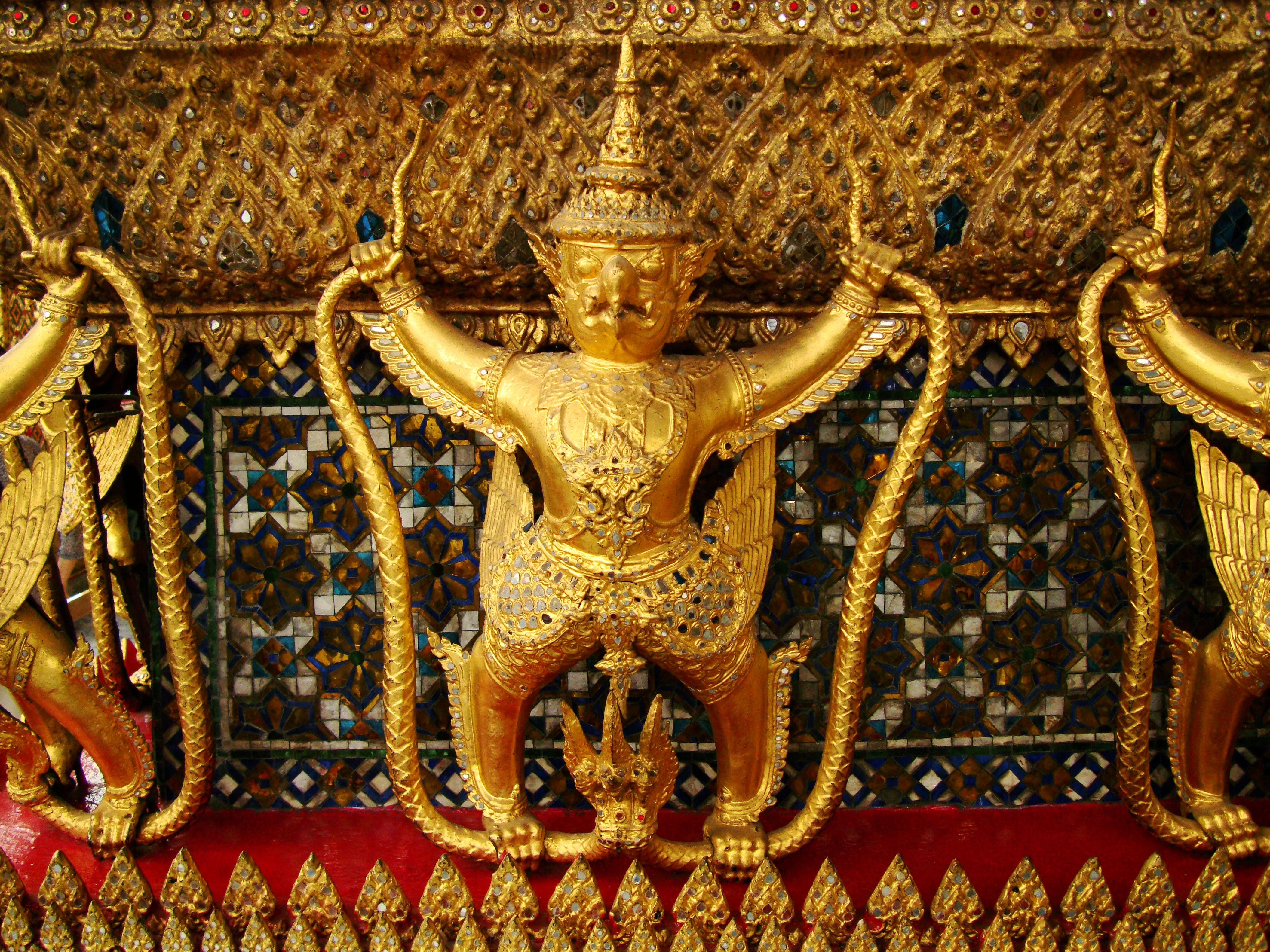 10 Temple of the Emerald Buddha intercrit designed walls pillars Grand Palace 02