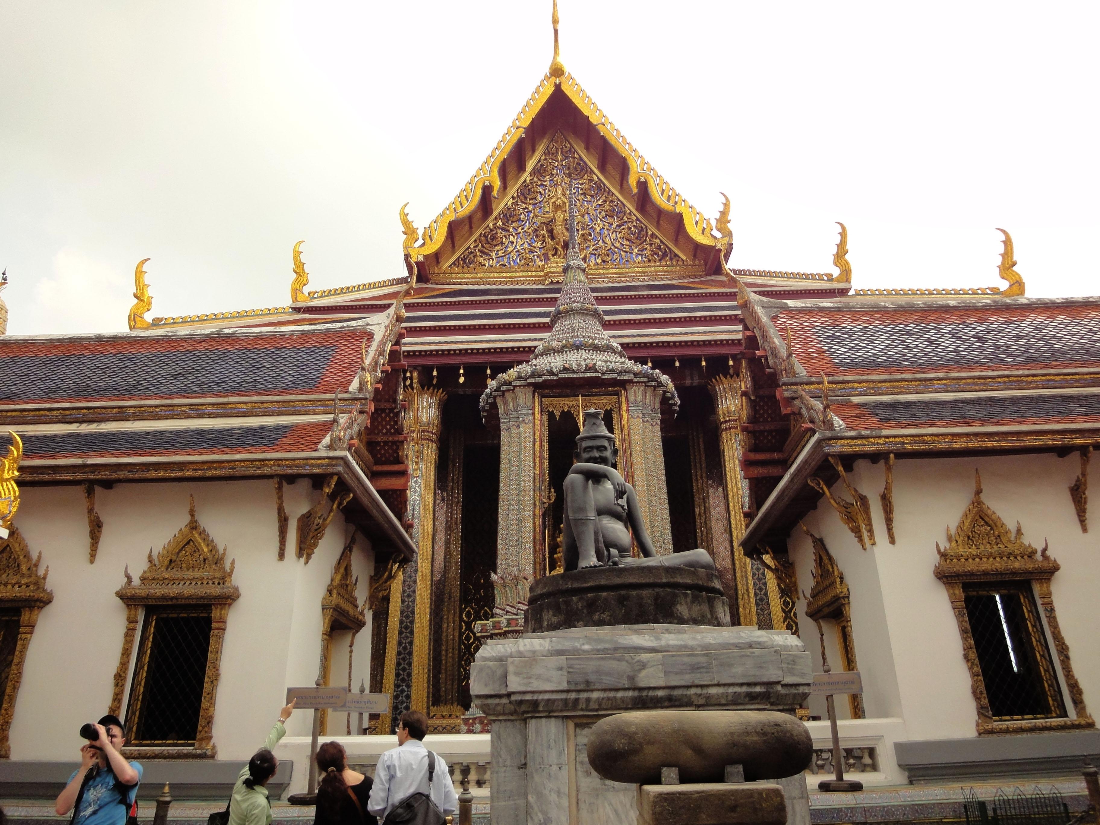 Grand Palace Phra Borom Maha Ratcha Wang Bangkok Thailand 02