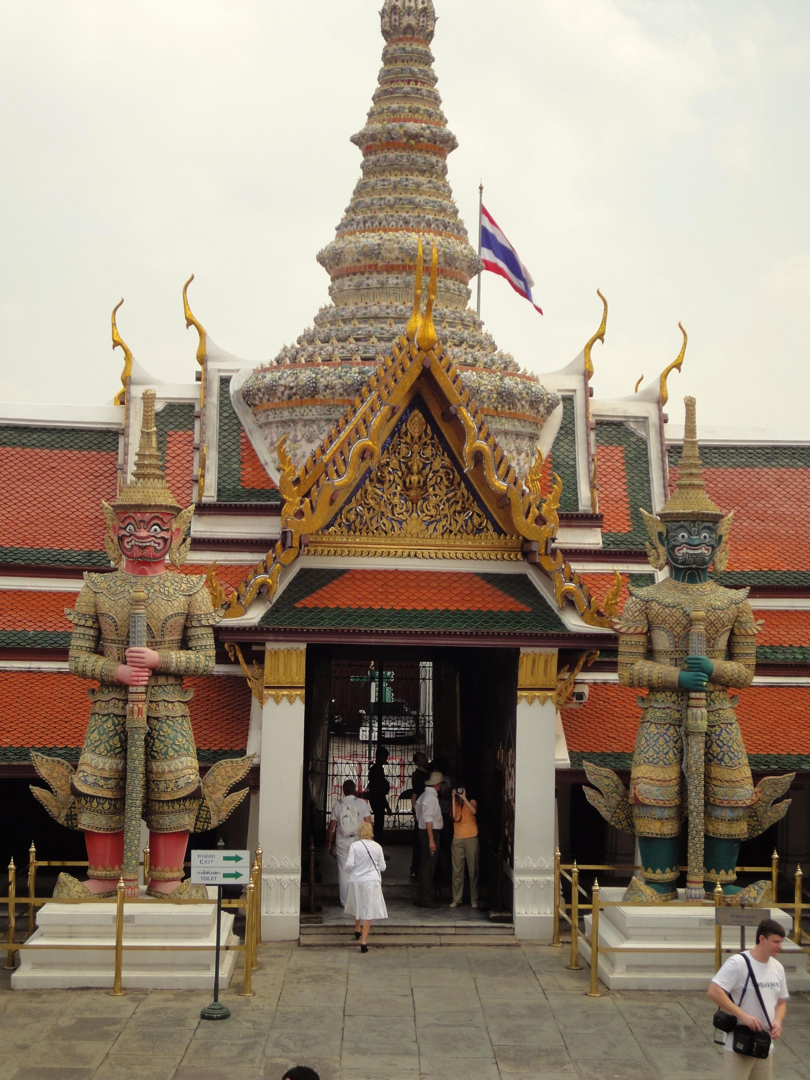 Grand Palace Phra Borom Maha Ratcha Wang Bangkok Thailand 15