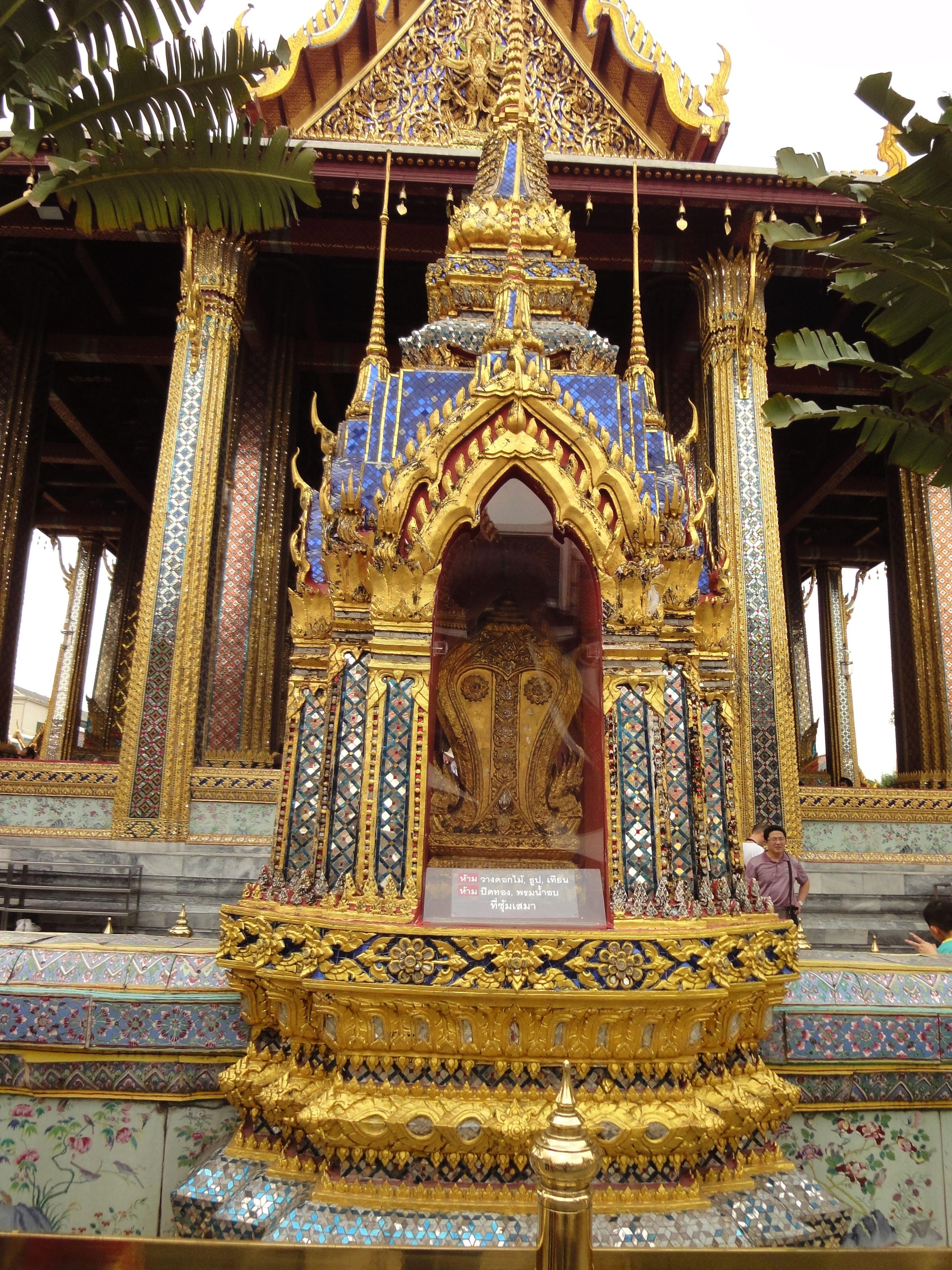 Grand Palace Phra Borom Maha Ratcha Wang Bangkok Thailand 19
