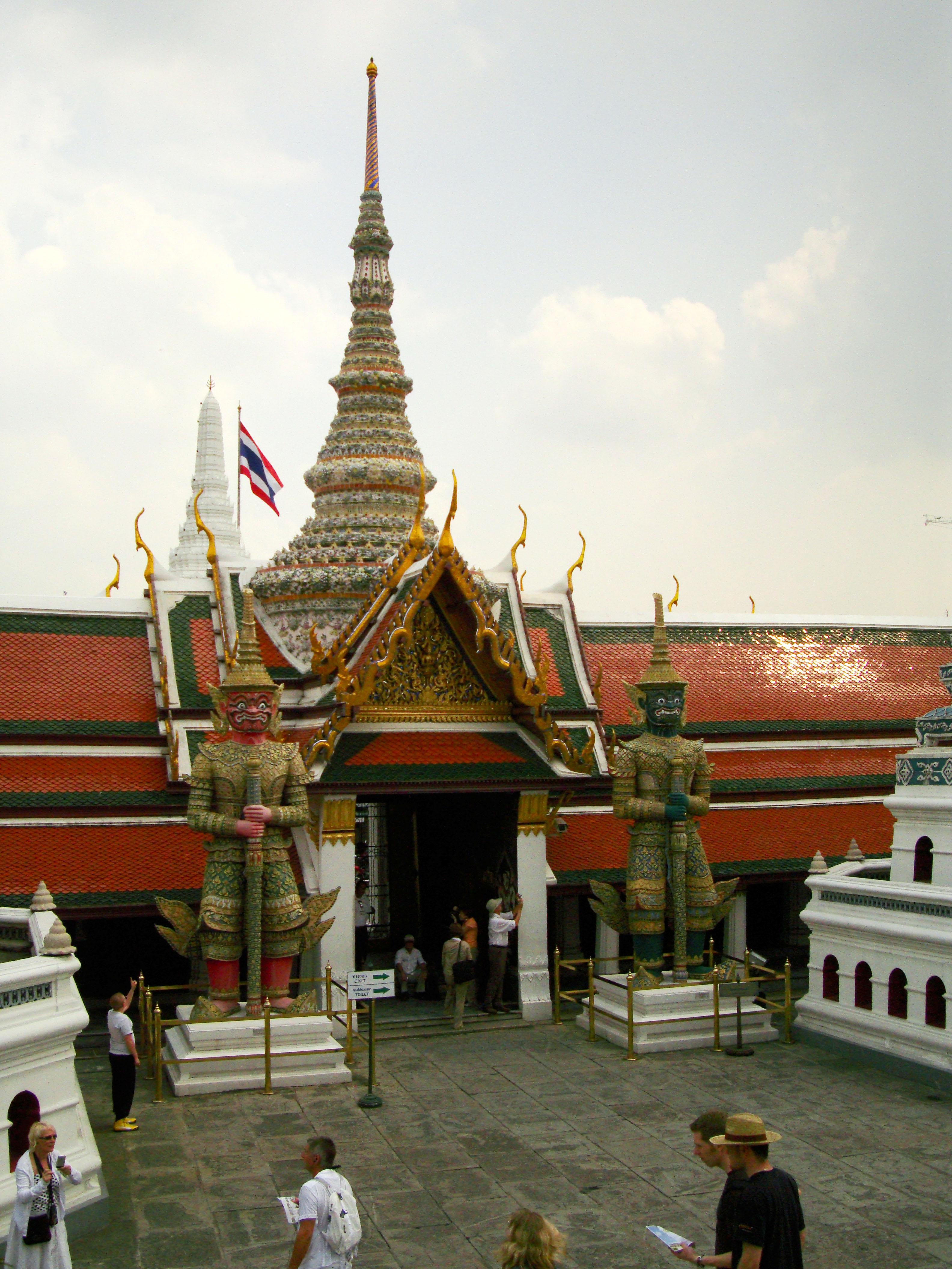 Grand Palace Phra Borom Maha Ratcha Wang Bangkok Thailand 35