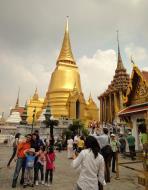 Asisbiz 03 Phra Siratana Chedi Grand Palace Bangkok 2010 01