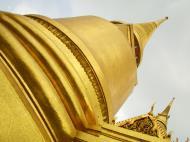 Asisbiz 03 Phra Siratana Chedi Grand Palace Bangkok 2010 07