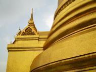Asisbiz 03 Phra Siratana Chedi Grand Palace Bangkok 2010 08