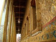 Asisbiz 10 Temple of the Emerald Buddha intercrit designed walls pillars Grand Palace 04