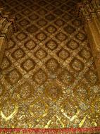 Asisbiz 10 Temple of the Emerald Buddha intercrit designed walls pillars Grand Palace 07