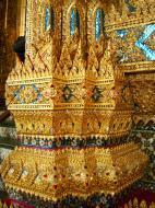 Asisbiz 10 Temple of the Emerald Buddha intercrit designed walls pillars Grand Palace 10