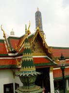 Asisbiz Grand Palace Phra Borom Maha Ratcha Wang Bangkok Thailand 36