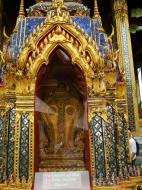 Asisbiz Grand Palace Phra Borom Maha Ratcha Wang Bangkok Thailand 44