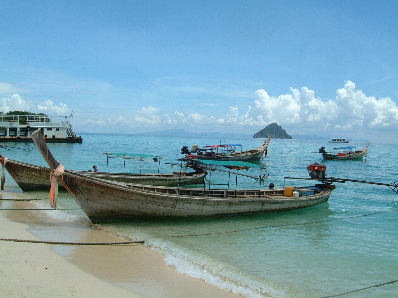 Thailand Phi Phi Island panoramic scenes Mar 2003 05