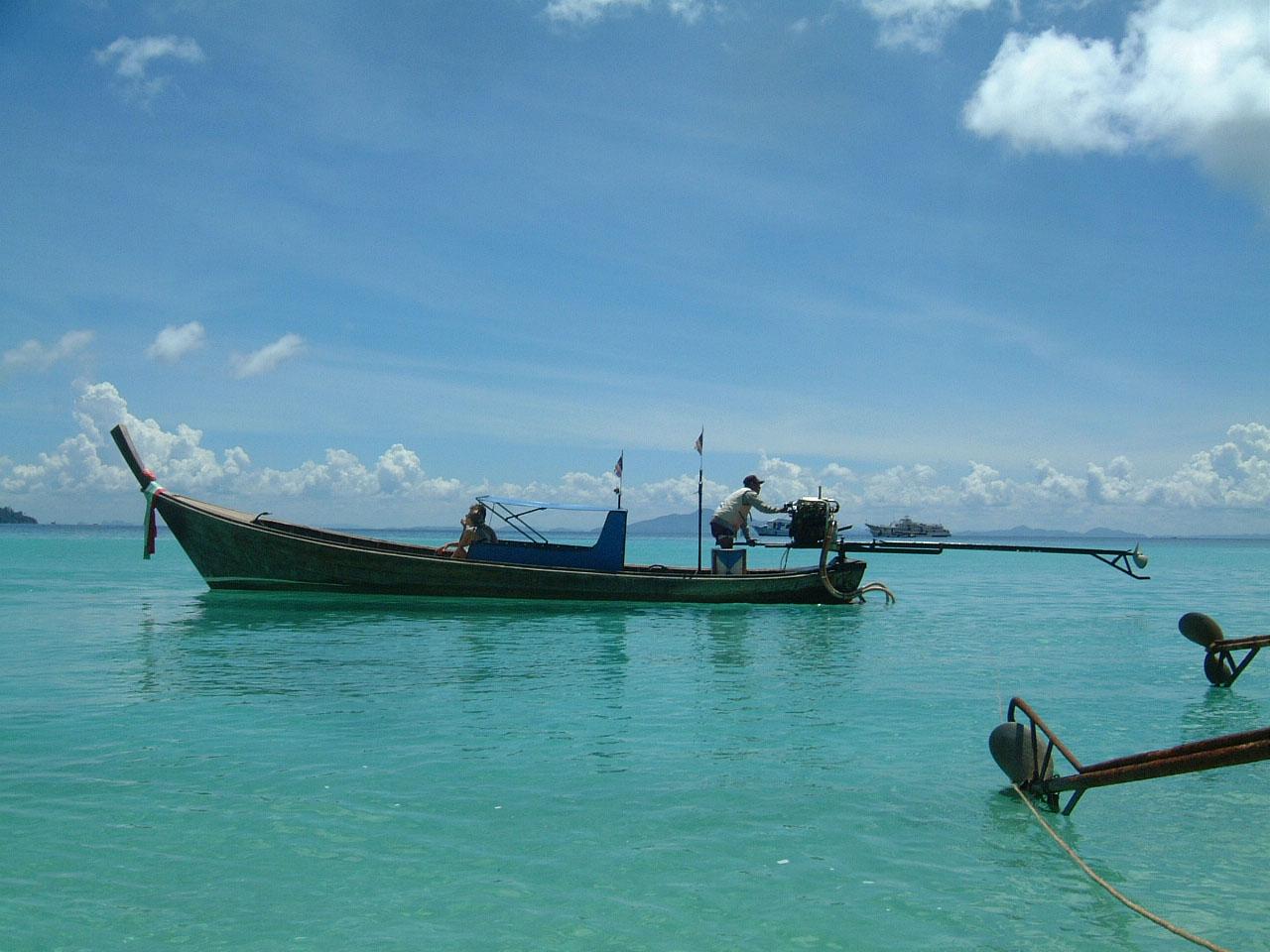 Thailand Phi Phi Island panoramic scenes Mar 2003 09