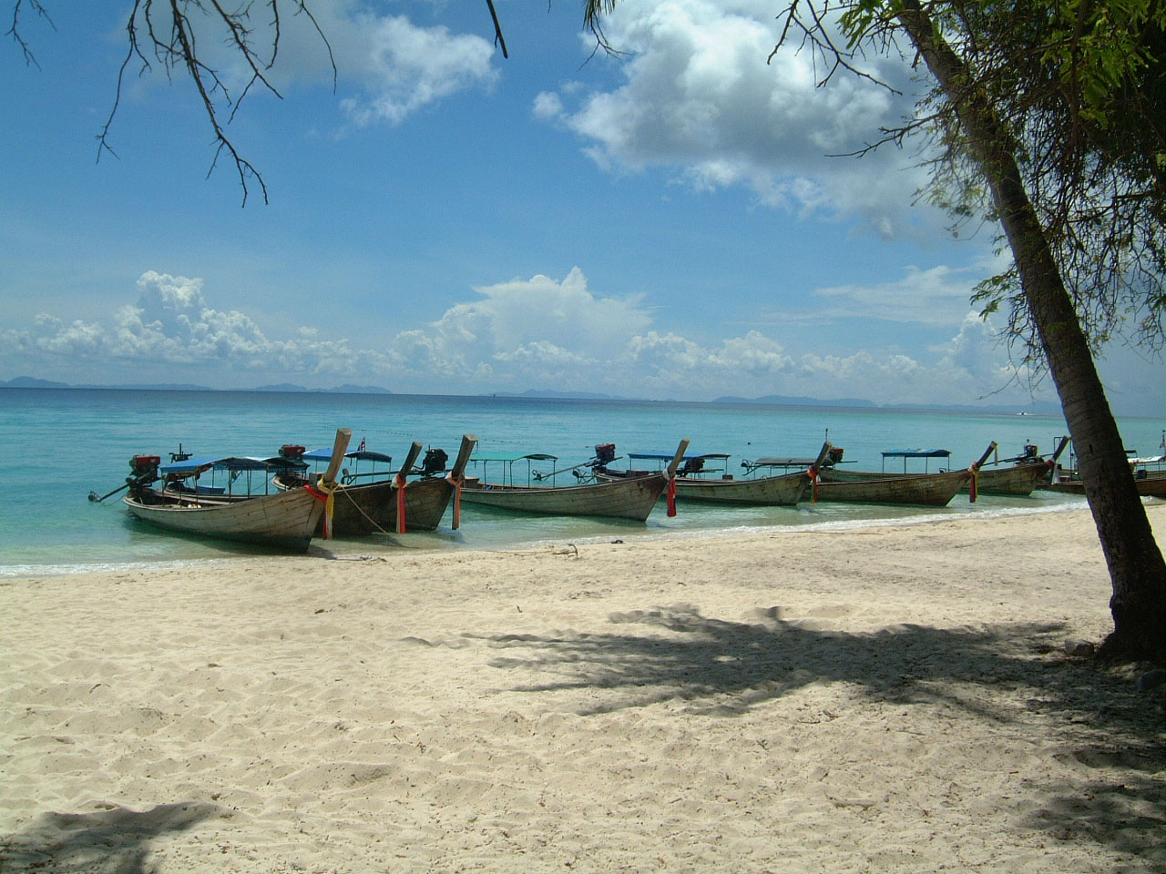 Thailand Phi Phi Island panoramic scenes Mar 2003 12