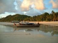 Asisbiz Thailand Phi Phi Island panoramic scenes Mar 2003 06
